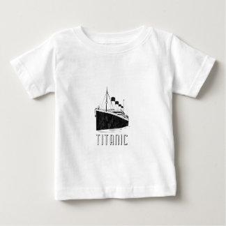 巨大 ベビーTシャツ
