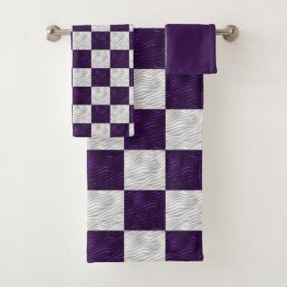 市松模様になる波状の織り目加工の紫色及び白 バスタオルセット
