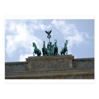 市民会館-ブランデンブルクのベルリンのゲート ポストカード