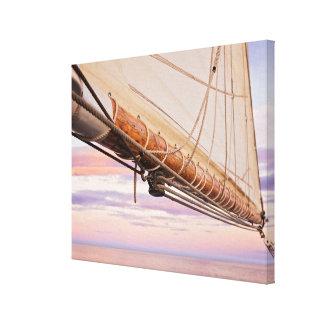 帆およびロープのクローズアップ|メイン、キャムデン キャンバスプリント