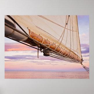 帆およびロープのクローズアップ|メイン、キャムデン ポスター