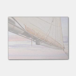 帆およびロープのクローズアップ メイン、キャムデン ポストイット