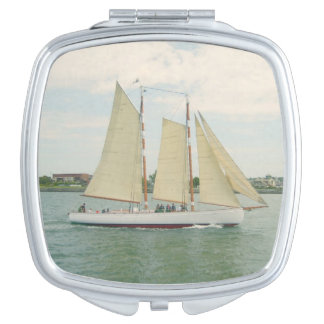 帆ボートのカスタマイズ可能な密集した鏡
