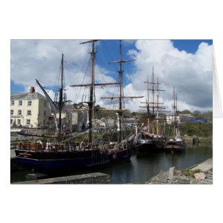 帆船のCharlestown港のコーンウォールの写真 カード