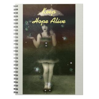 """""""希望の生きた""""かわいらしいヴィンテージの女の子を保って下さい ノートブック"""