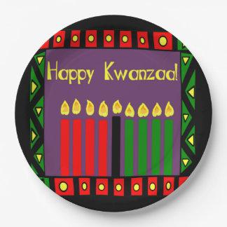 希望Kwanzaaの蝋燭によっては紙皿がパーティを楽しみます ペーパープレート