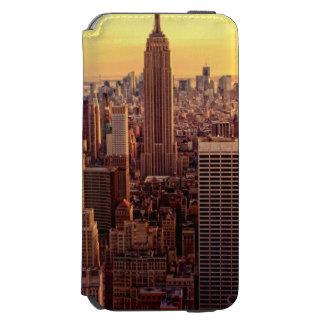 帝国国家が付いているニューヨークのスカイライン都市 INCIPIO WATSON™ iPhone 5 財布型ケース