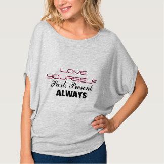 常に愛あなた自身 Tシャツ