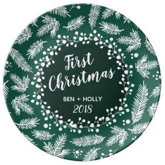 常緑の名前入り結婚する初めてのクリスマス 磁器プレート