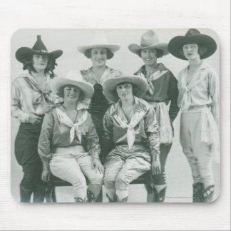 帽子およびサッシュの6人の女性のカーボーイ マウスパッド