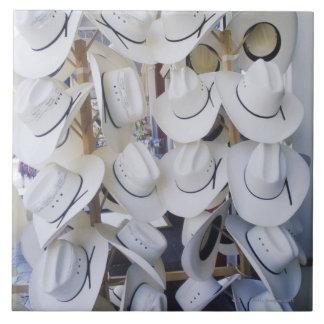 帽子店で、テキサス州つるす、カーボーイ・ハット米国 タイル