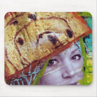 干しぶどうパンの頭部、コラージュ マウスパッド