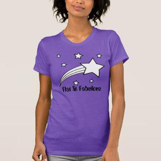 平らで及びすばらしいTシャツ Tシャツ