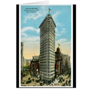 平らな鉄の建物。 ブロードウェイおよび第5 Ave。 NYC カード