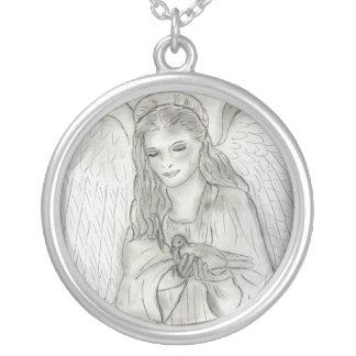 平和な天使 シルバープレートネックレス