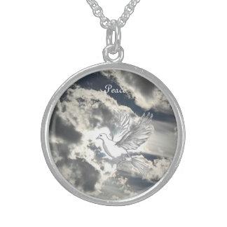 平和の鳩 スターリングシルバーネックレス