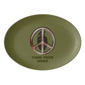 平和及び戦争 磁器大皿
