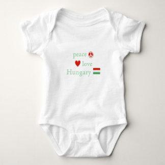 平和愛およびハンガリー ベビーボディスーツ