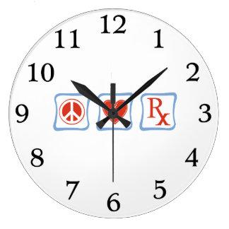 平和愛および薬剤師の正方形 ラージ壁時計