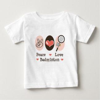 平和愛バドミントンの幼児ベビーのティー ベビーTシャツ