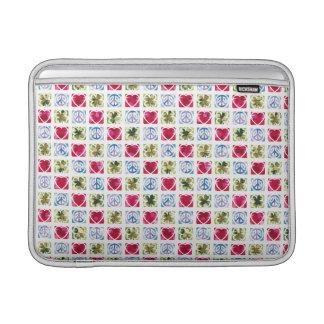 平和愛及びアイルランドの運 MacBook スリーブ