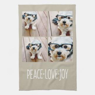平和愛喜びの暗灰色の休日の写真のコラージュ キッチンタオル