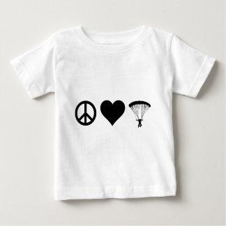 平和愛落下傘で降りること ベビーTシャツ