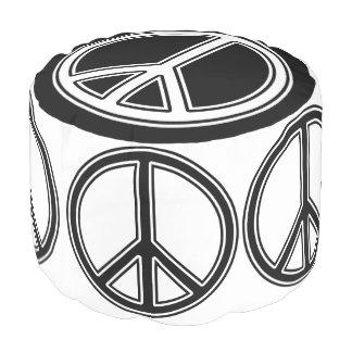 平和黒及び白 プーフ