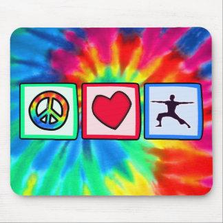 平和、愛、ヨガ マウスパッド