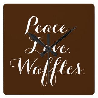 平和。 愛。 ワッフル。 正方形の時計 スクエア壁時計
