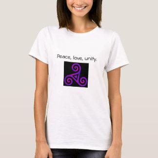 平和、愛、及び単一性Triskelion Tシャツ