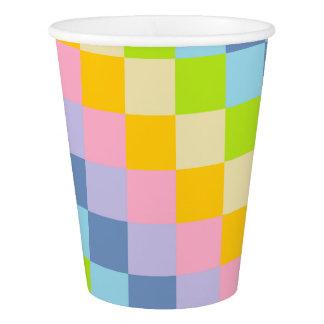 平方されたパステル調の虹 紙コップ