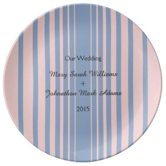 平静およびローズクォーツの結婚式のテーブル項目 磁器プレート