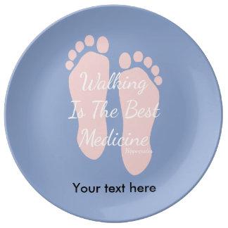 平静の引用文の歩くは人で最も最高のなMedicinceです 磁器 皿