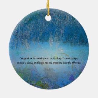 平静の祈りの言葉の青の沼地 セラミックオーナメント