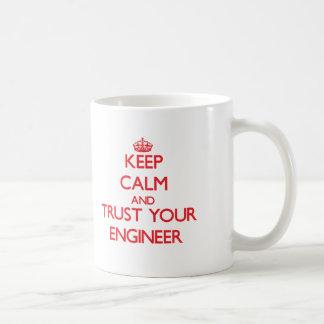 平静を保ち、あなたのエンジニアを信頼して下さい コーヒーマグカップ