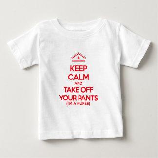 平静を保ち、あなたのズボンを脱いで下さい ベビーTシャツ