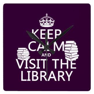 平静を保ち、-あらゆる色の…図書館を訪問して下さい スクエア壁時計