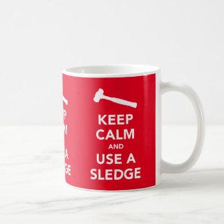 平静を保ち、そりx3のイメージのマグを使用して下さい コーヒーマグカップ