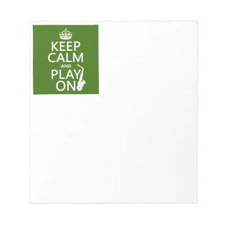 平静を保ち、で遊んで下さい(サクソフォーン) (どの色でも) ノートパッド