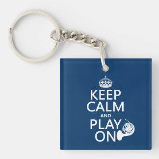 平静を保ち、で遊んで下さい(角) (どの背景色でも) キーホルダー