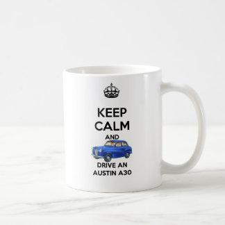 平静を保ち、オースティンA30のマグを運転して下さい コーヒーマグカップ