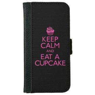 平静を保ち、カップケーキを食べて下さい iPhone 6/6S ウォレットケース