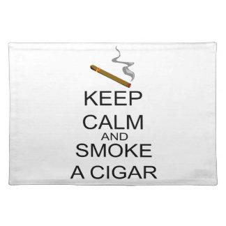 平静を保ち、シガーを煙らして下さい ランチョンマット
