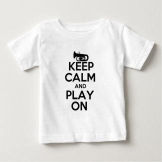 平静を保ち、テューバで遊んで下さい ベビーTシャツ