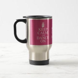 平静を保ち、バレリーナの靴のピンクで踊って下さい トラベルマグ