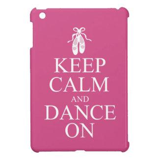 平静を保ち、バレリーナの靴のピンクで踊って下さい iPad MINIケース