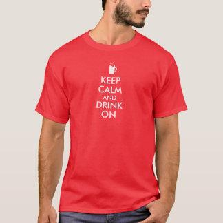 平静を保ち、ビールソーダルートビアの恋人で飲んで下さい Tシャツ