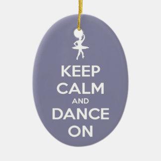 平静を保ち、ラベンダーの楕円形のオーナメントで踊って下さい セラミックオーナメント