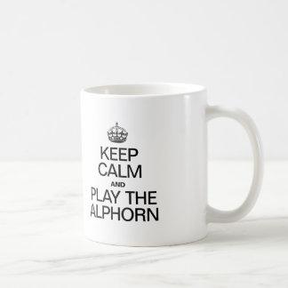 平静を保ち、ALPHORNを遊んで下さい コーヒーマグカップ